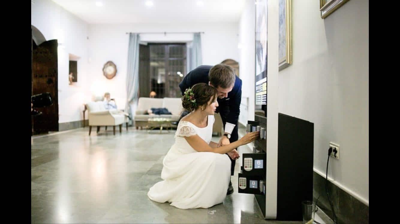 estaciones de carga en bodas